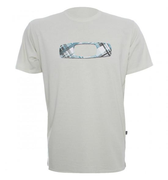 Camiseta Oakley Chess PROMOÇAO VERAO Ultima Peça tam M