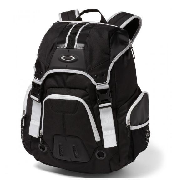 65acc7ae1 Mochila Oakley Gearbox LX Preto com Branco ref 92908-022