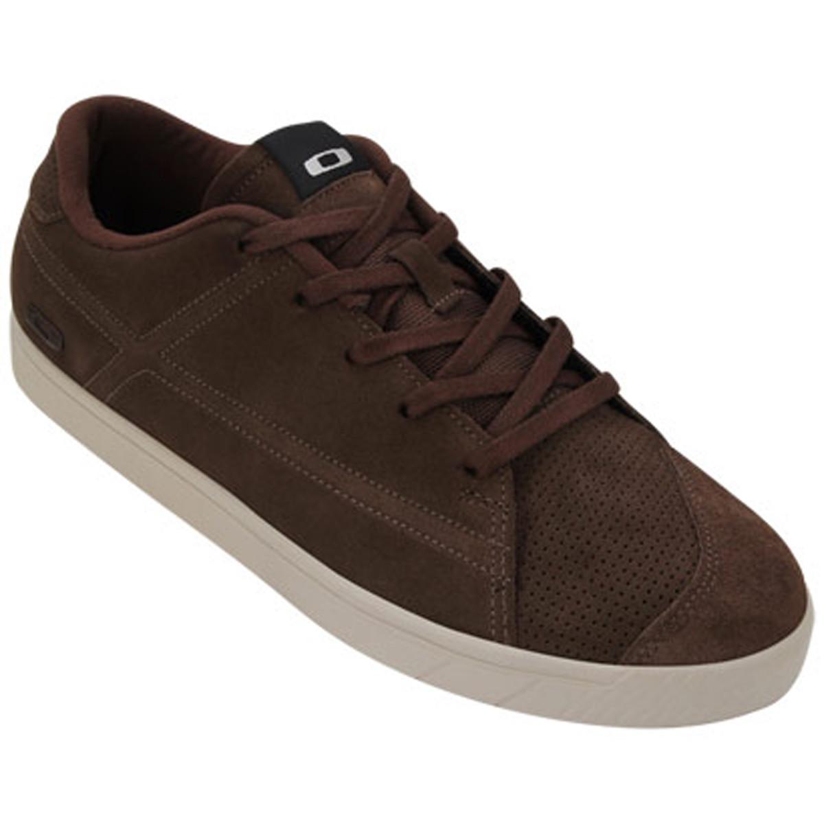 Tenis Oakley Tracks Chocolate PROMOÇÃO Ultima Peça tam 40 ref 13167-897 6a4b34bfff910