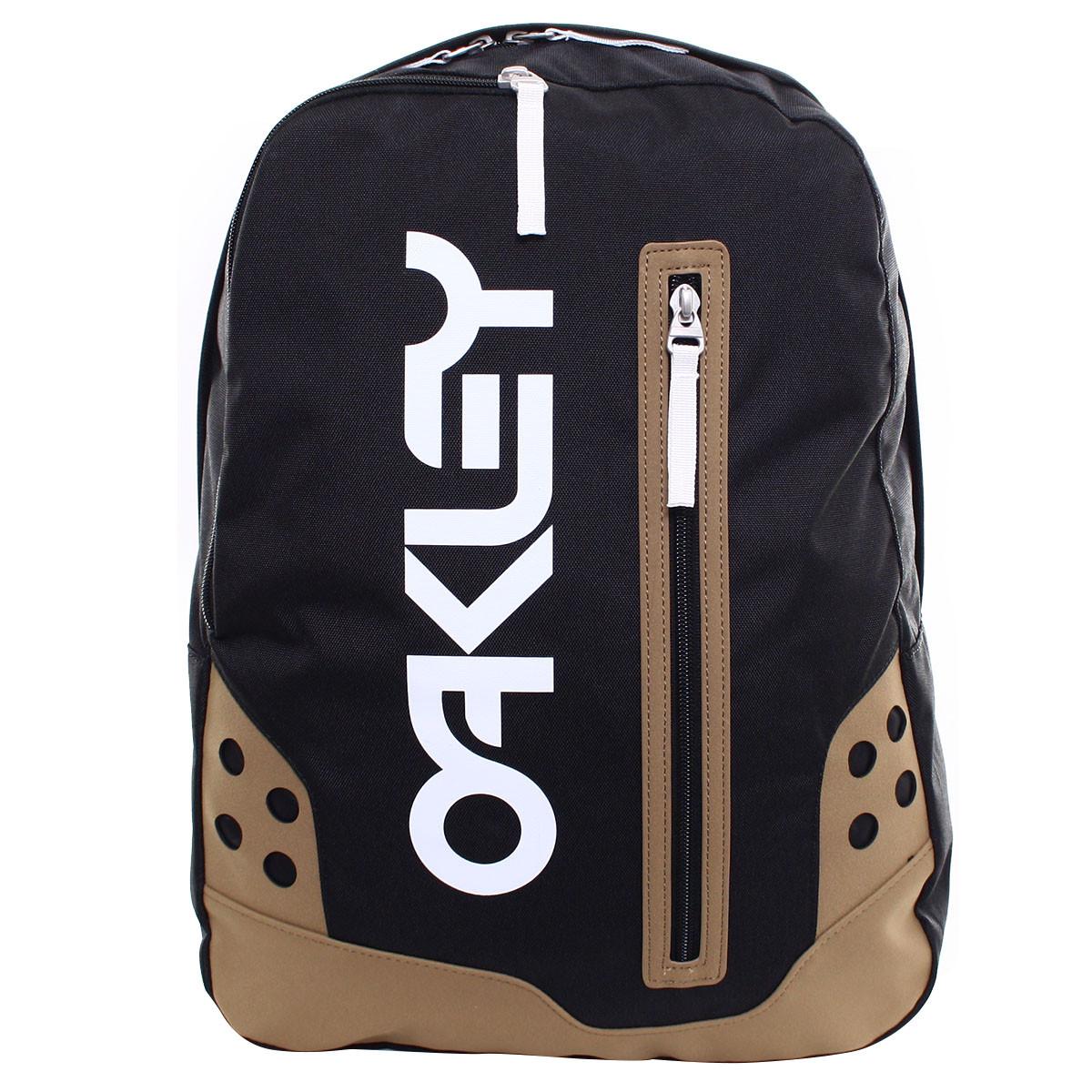 b1386772cc78c Promoção De Mochilas Oakley. Mochila Oakley B1B Pack PROMOÇÃO ref  92566-022. Mochila Oakley Works Pack 30L Preta ref 92617-001 PROMOÇAO